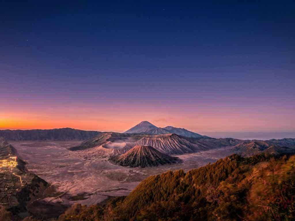 Paket Wisata Malang Bromo 4 hari 3 malam - Appleland Tour